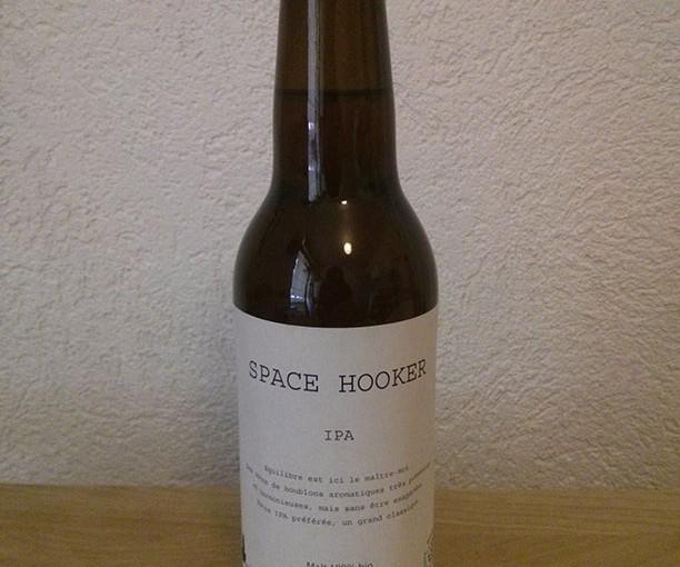 SPACE HOOKER